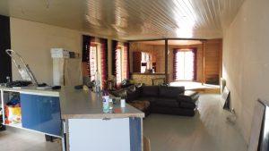 Originale spacieuse maison à finir de rénover